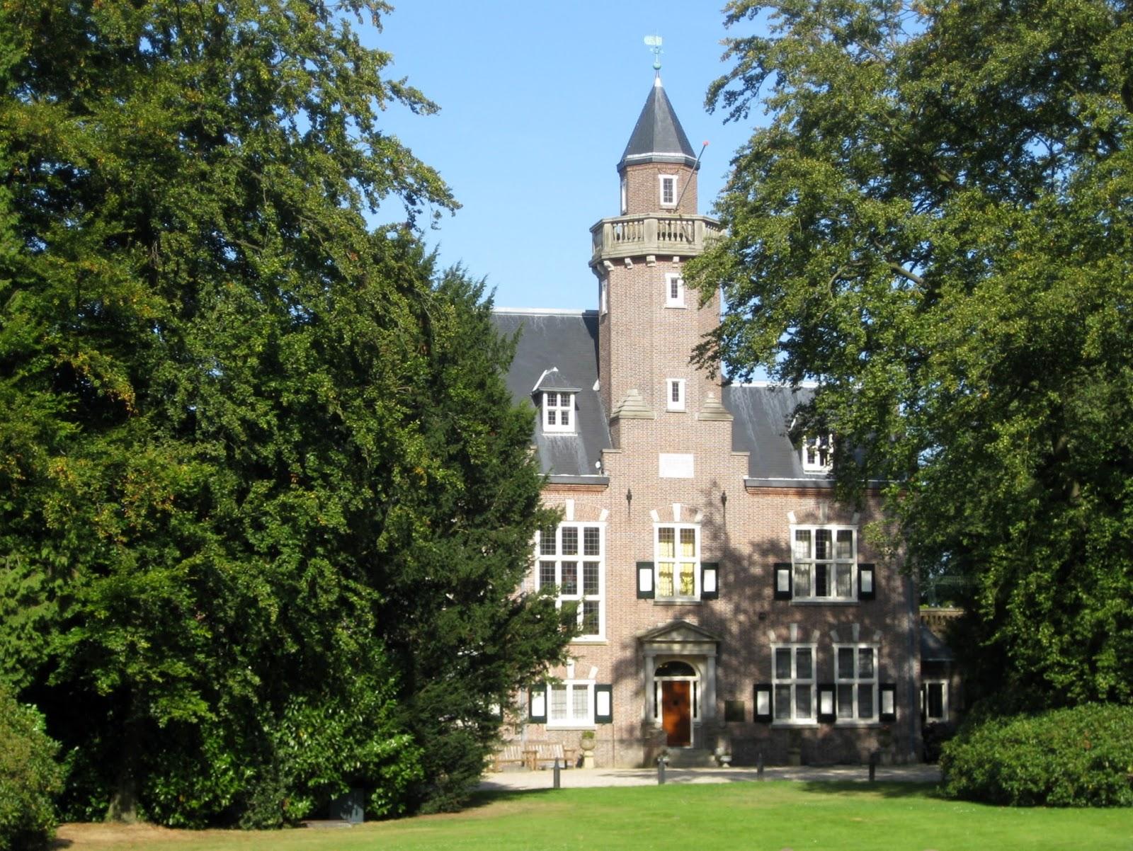 Wandelen Berg en Dal- villa de Wychert